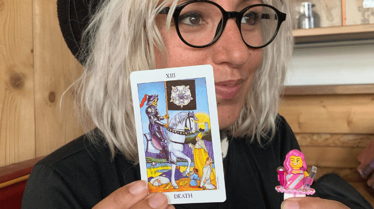 😼🕶️👾 KIICKASS 👾🕶️😼 Tarot Reader Interview